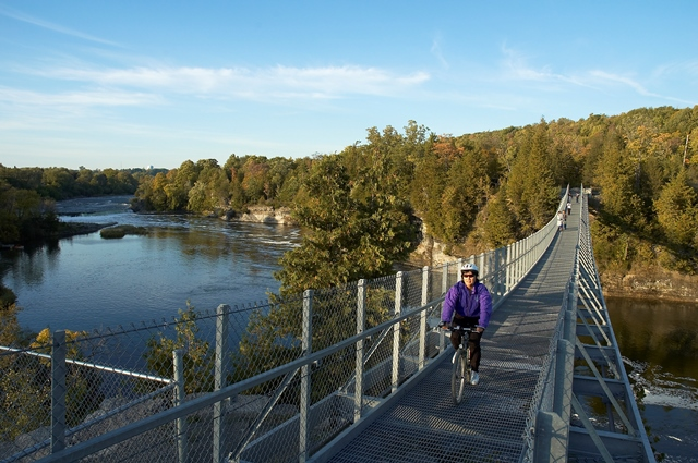 Fall cycling in Northumberland County, Ontario
