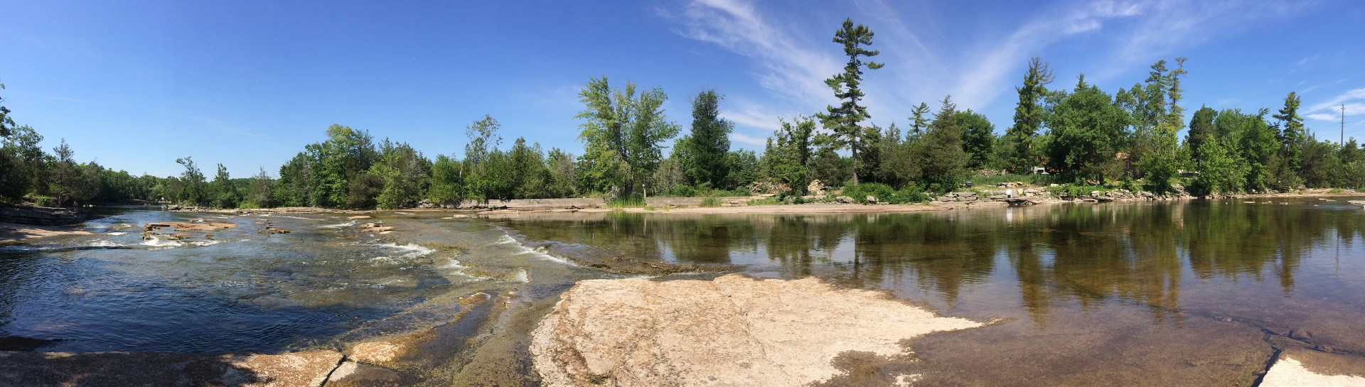 Landscape image of Crowe Bridge Conservation Area swimming hole