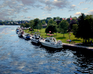 Leisure boating campbellford